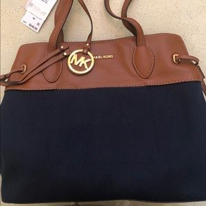 NWT Michael Kors Large East/West Drawstring Tote
